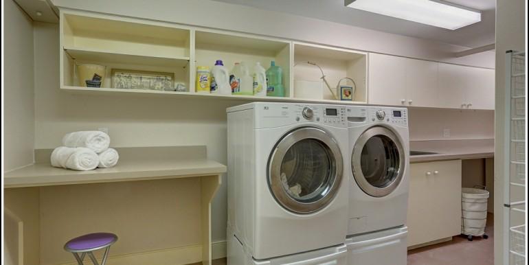 61 B Laundry